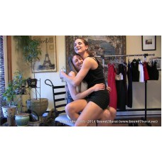 Autumn Helps Keri Wait (MP4) - Keri Spectrum & Autumn Bodell