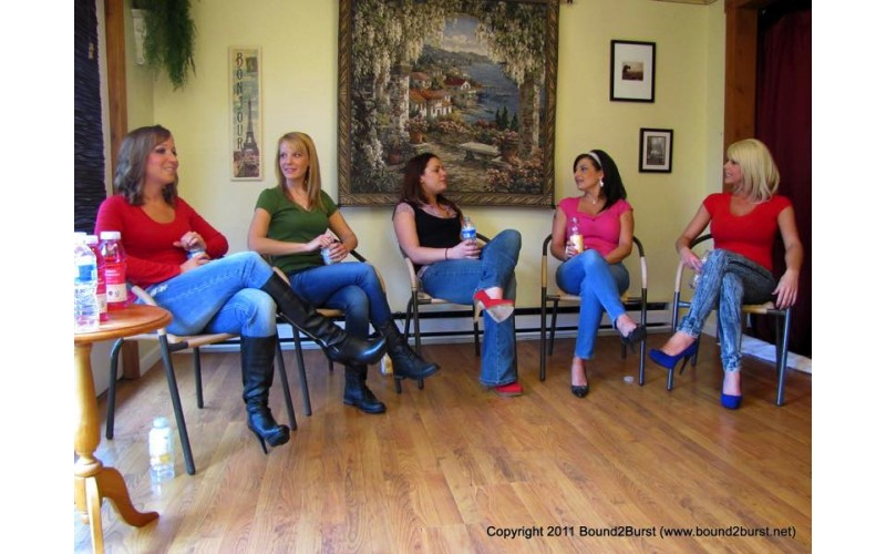 Holding Contest 07 (MP4) - Amber Wells, Lily Anna, Carissa Montgomery, Lola Lynn and Rachael