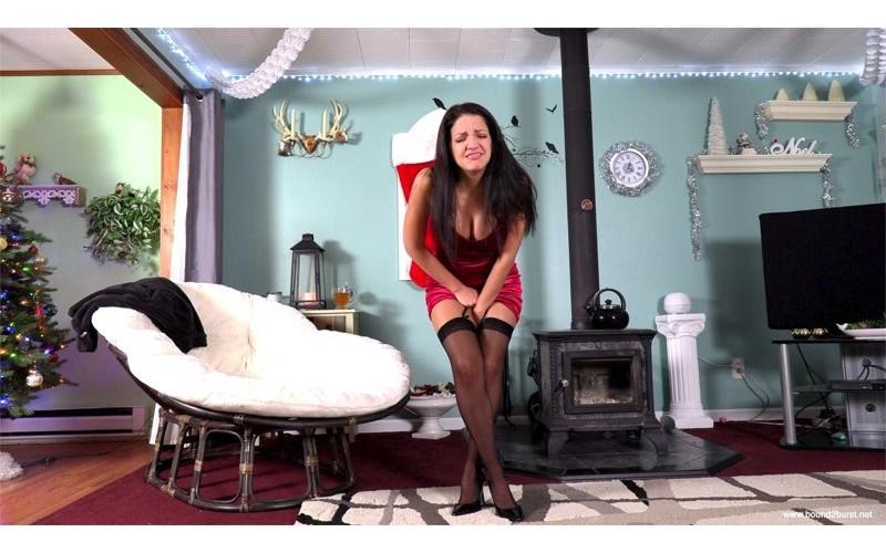 Jasmine Just Makes It (MP4) - Jasmine St James