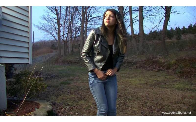 Jasmine's Zipper Gets Stuck enhnaced (MP4) - Jasmine St James