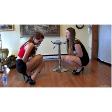 Keri & Autumn Holding Contest enhanced (MP4) - Keri Spectrum & Autumn Bodel